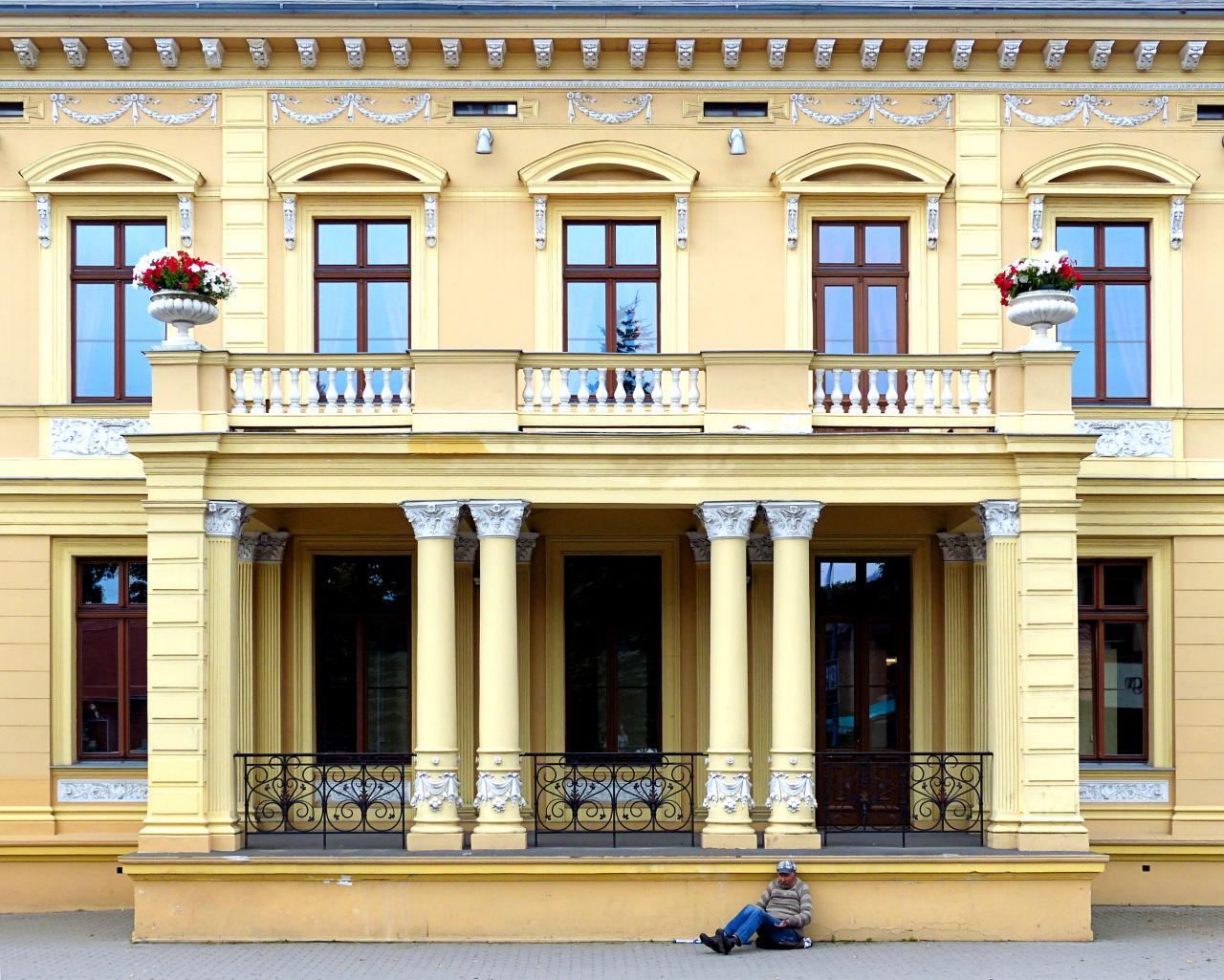 фасады зданий в москве фото обслуживание, рубый персонал
