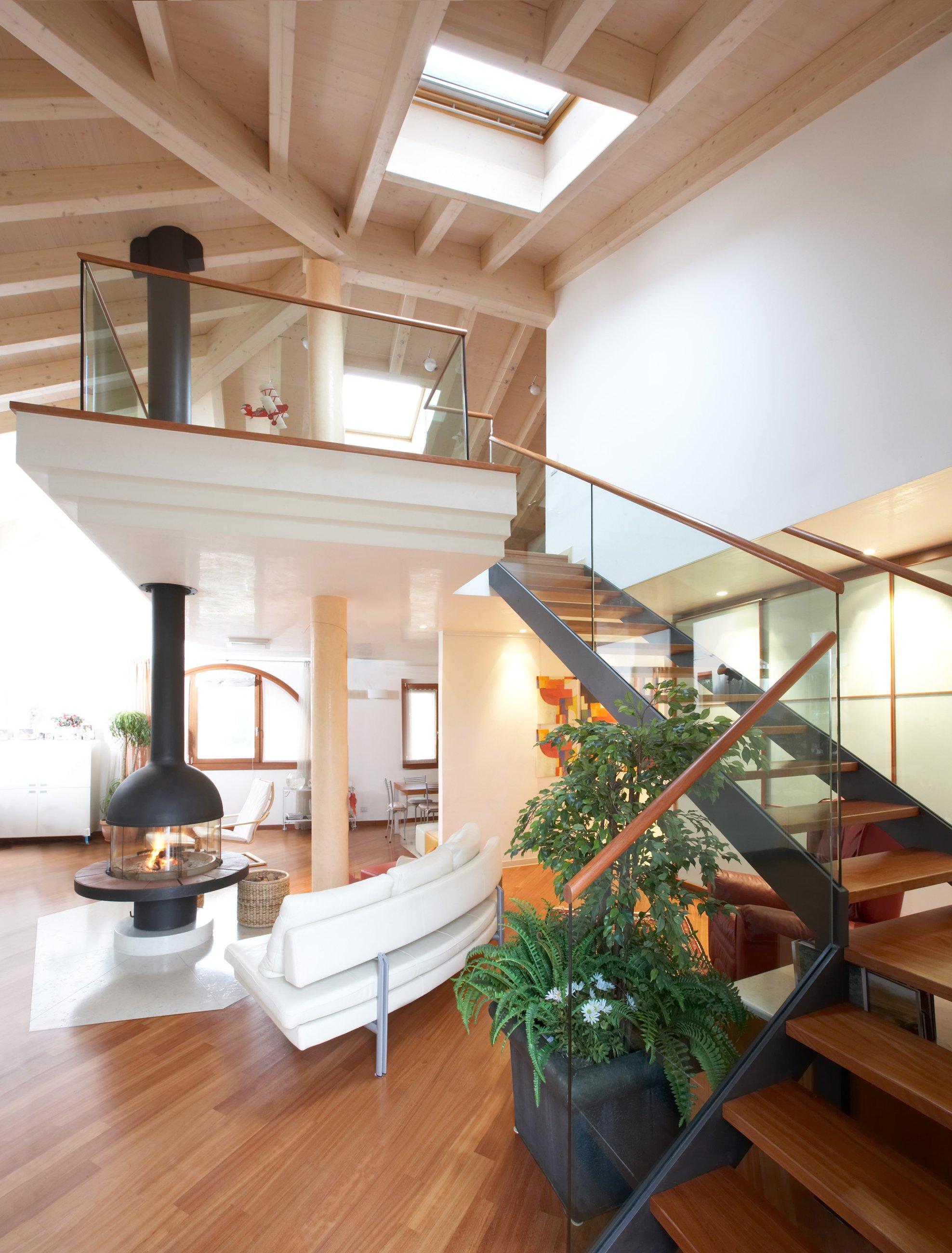 лестница со вторым светом фото должны знать